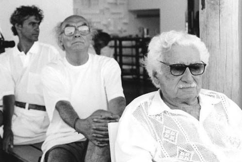 Jorge Amado, José Saramago e Caetano Veloso.